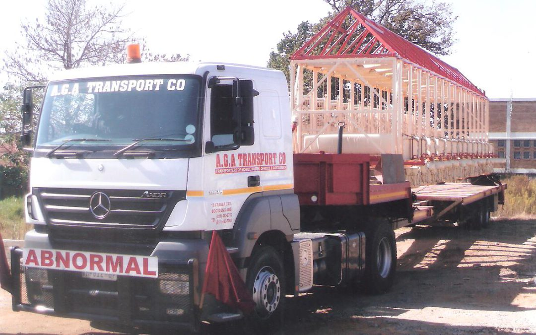 Transport of starting stall for race course